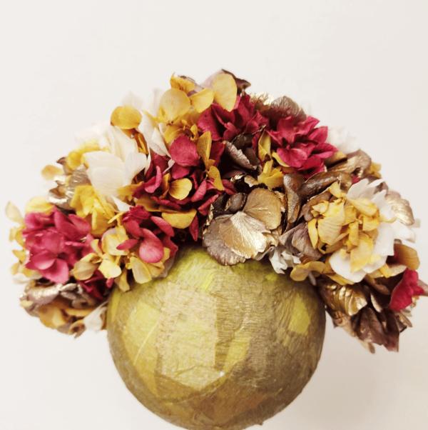 Corona de flores preservadas buganvilla